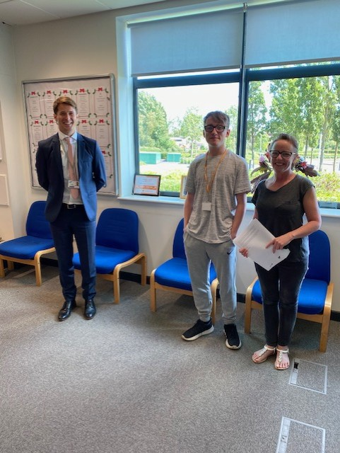 gcse-results-day-aug-2020